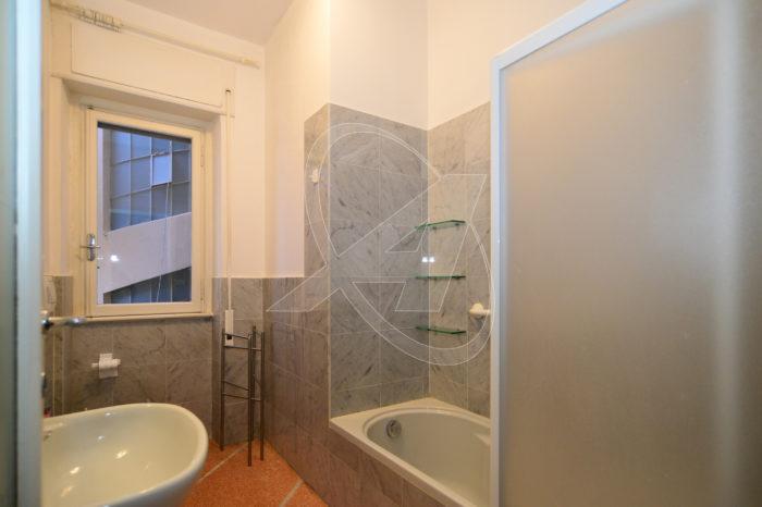 Appartamento in affitto a Rapallo centro storico piazza Canessa zona pedonale e centrale