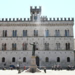 where to go in Chiavari - ex Law Court
