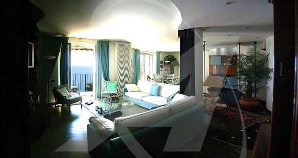 EXCELSIORappartamento vista mare in immobile esclusivo con portineria