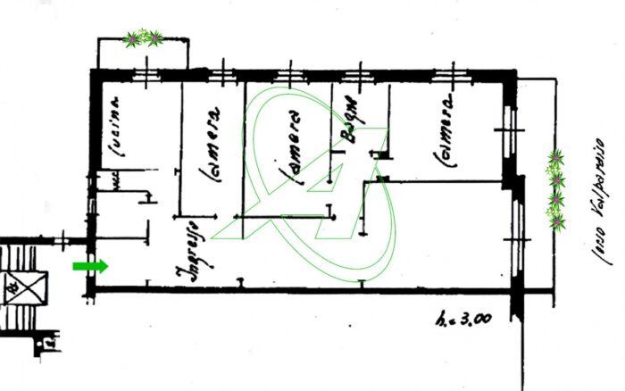 Chiavari - Luminoso appartamento vista mare con terrazzo in vendita sul lungomare