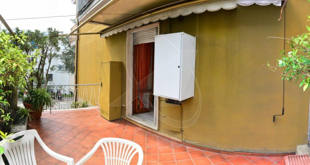 RAPALLO Appartamento di 90mq con posto auto e cantina in vendita in via Puchoz
