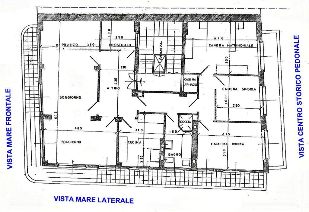 RAPALLO Sea view apartment to rent on top floor