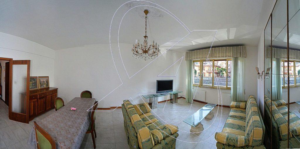 RAPALLO Zona Porto vendesi appartamento con terrazza di 105 mq.
