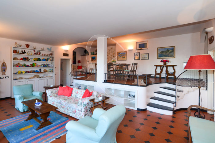 S. Margherita Ligure - affitto appartamento in villa con giardino e garage