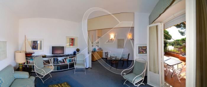 composto da ingresso, soggiorno, due camere da letto e doppi servizi