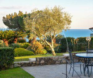 S.Michele di Pagana - Appartamento in villa con giardino e piscina in vendita