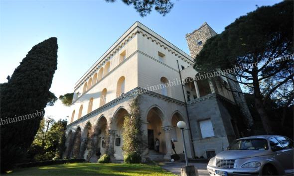 San Michele di Pagana vendesi appartamento di lusso in antica dimora