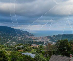 Vendesi VILLA vista mare sulle colline di Rapallo