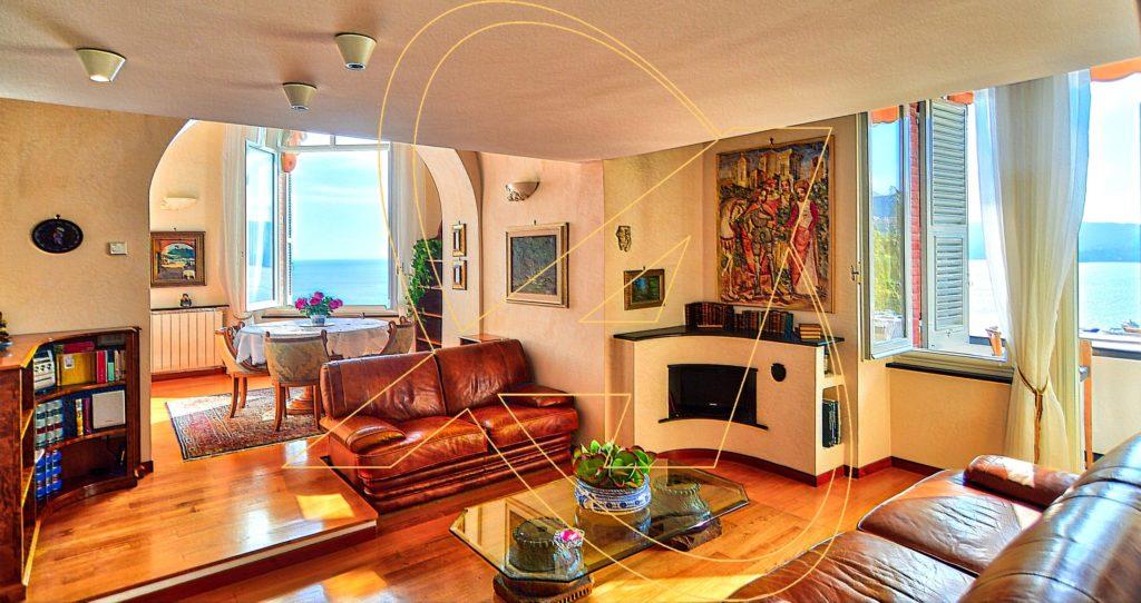 Vendesi nel Castello Sem Benelli - Zoagli appartamento a picco sul mare