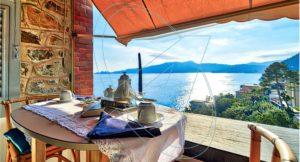 Vendesi nel Castello Sem Benelli Zoagli appartamento a picco sul mare