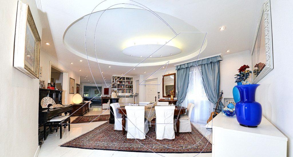 ZOAGLI - S. AMBROGIO Villa indipendente vista mare con giardino e 7 posti auto