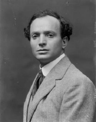il drammaturgo e poeta Sem Benelli