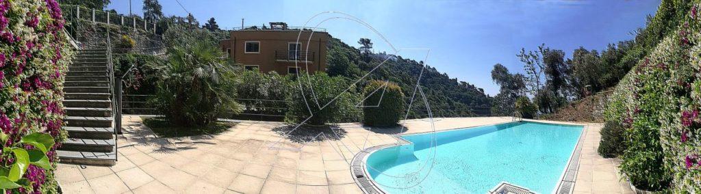 Zoagli fronte mare, vendesi appartamento in villa, ultimo piano con piscina, terrazzo e posto auto